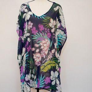 NWT Kona Sol Navy Floral Kimono